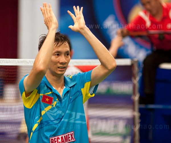 Tiến Minh thể hiện cảm khi chiến thắng trước tay vợt Indonesia