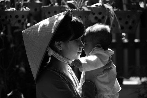 Bức ảnh đạt giải đăc biệt được chọn ra từ các tác phẩm đẹp nhất trong 3 chủ đề của tác giả Trần Phương Vy. Người đạt giải nhất sẽ nhận được 1 máy ảnh Canon 650D và 1 chuyến đi Hungary tham gia khoá đào tạo chụp ảnh Photo Clinic tại đây.