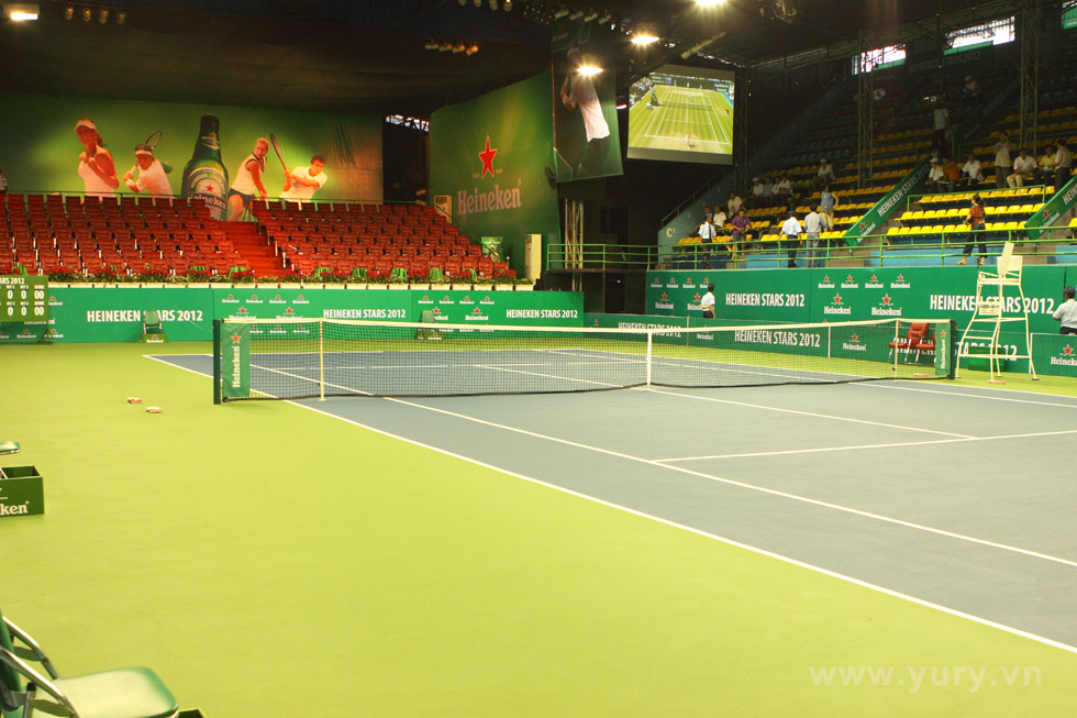 Sân đã sẳn sàng cho các 4  VĐV Tennis hàng đầu thế giới thể hiện mình