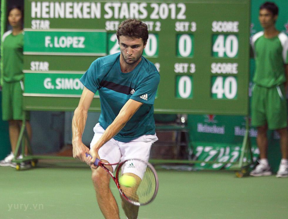 Tay vợt Gilles Simon