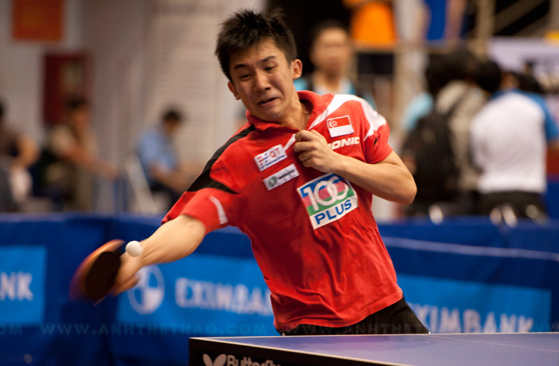 Tay vợt Singapore chơi cực hay