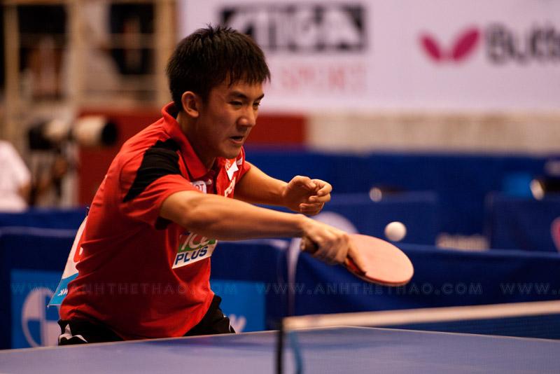 Tay vợt Singapore khá vất vả trước tay vợt Hàn