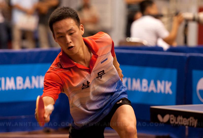 Tay vợt Hàn Quốc với những cú đánh cực kỳ khó chịu