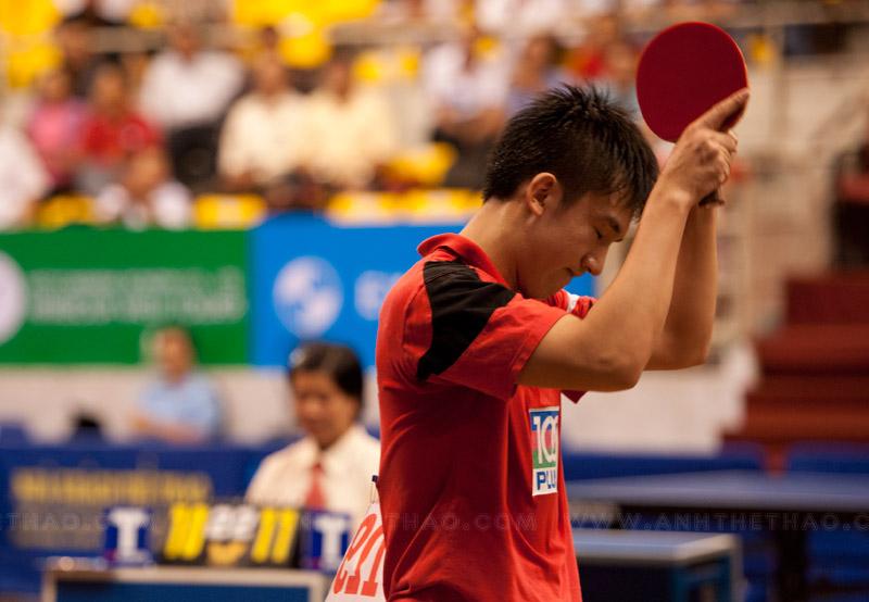 Tay vợt Singapore dành chiến thắng