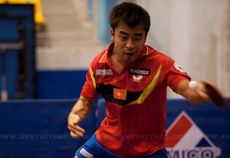Tay vợt Tấn Quỳnh có phong độ ổn định nhất