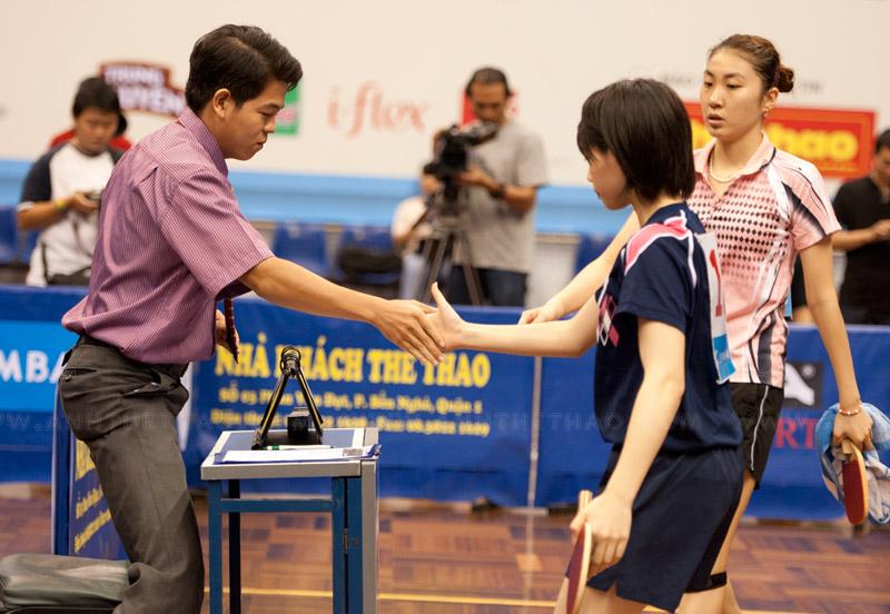 Narumoto Ayami vô địch đơn nữ