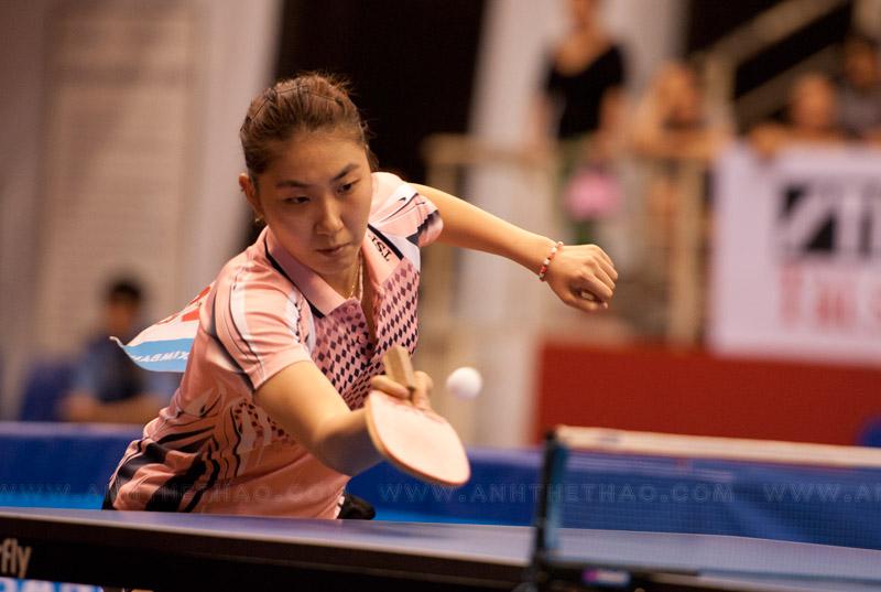 Tay vợt Hàn sớm cho thấy không phải đối thủ của Narumoto Ayami