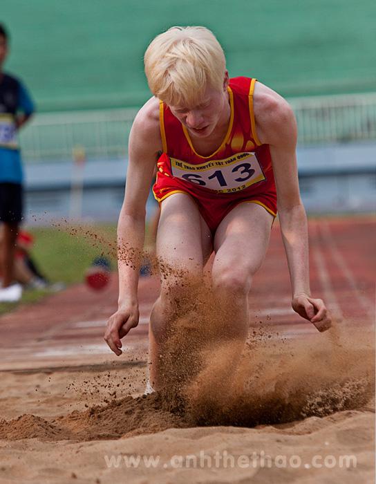 Nhảy hố cát - Ảnh thể thao người khuyết tật toàn quốc 2013
