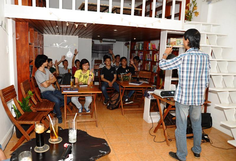 Trần Thành Tiến giới thiệu về nội dung chương trình