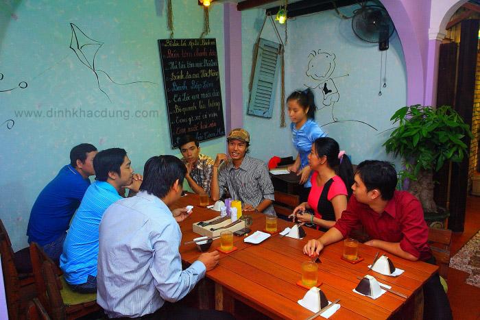 Tiệc sinh nhật Ảnh Thể Thao tại Quán Nhóon
