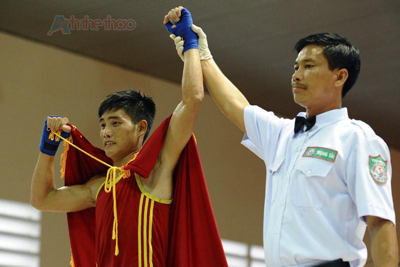 Tuyên bố võ sĩ dành chiến thắng