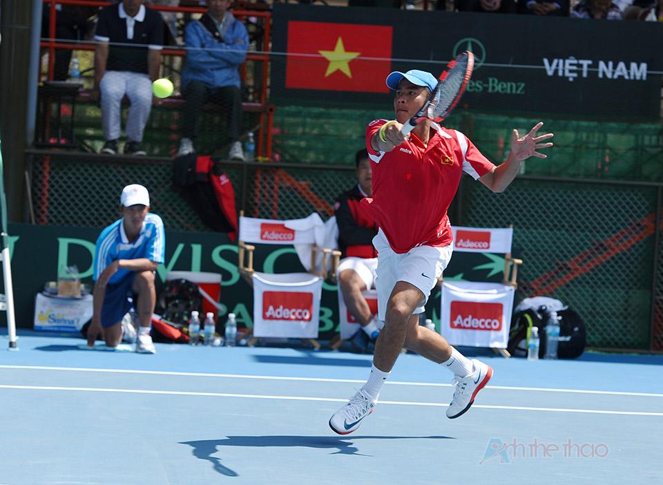 Tay vợt Lê Quốc Khánh