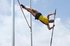 Động tác tiêu biểu môn Nhảy sào - Pole vault
