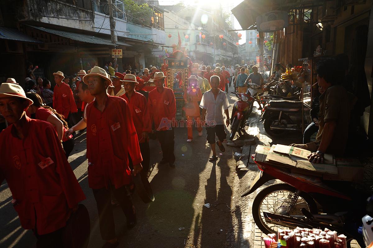 Đoàn diễu hành xuất phát từ chùa Ôn Lang