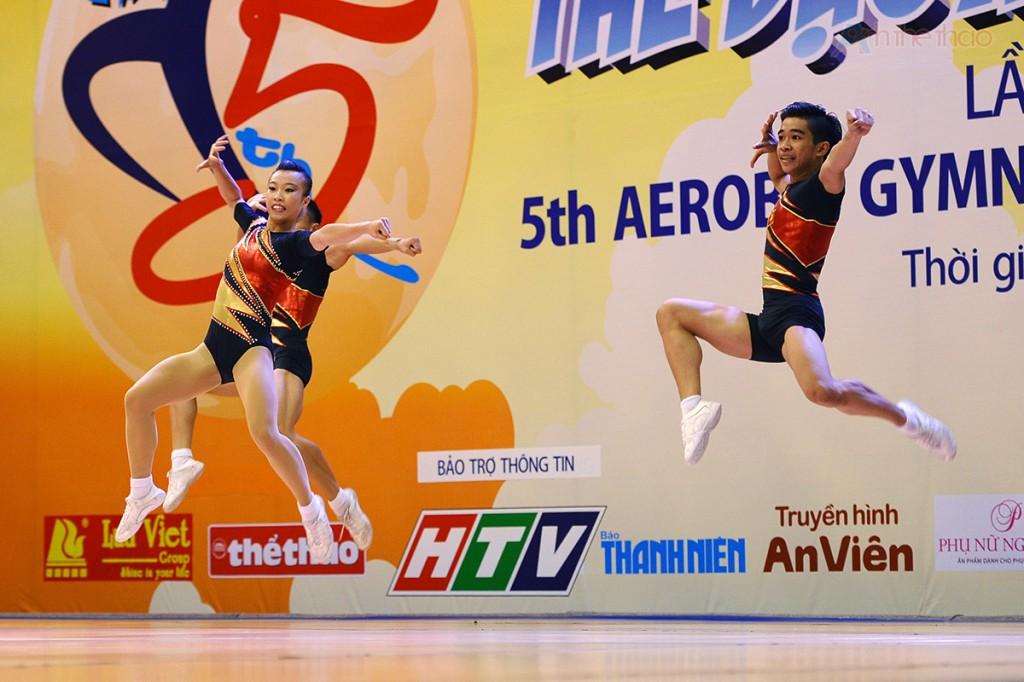 Nguyễn Chế Thanh-Lê Hoàng Phong-Trần Ngọc Thúy Vi (nhóm 3 người)