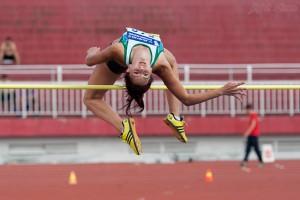 Yurkevskaya Aleksandra chinh phục mức xà 1m65 sau lần nhảy thứ 3