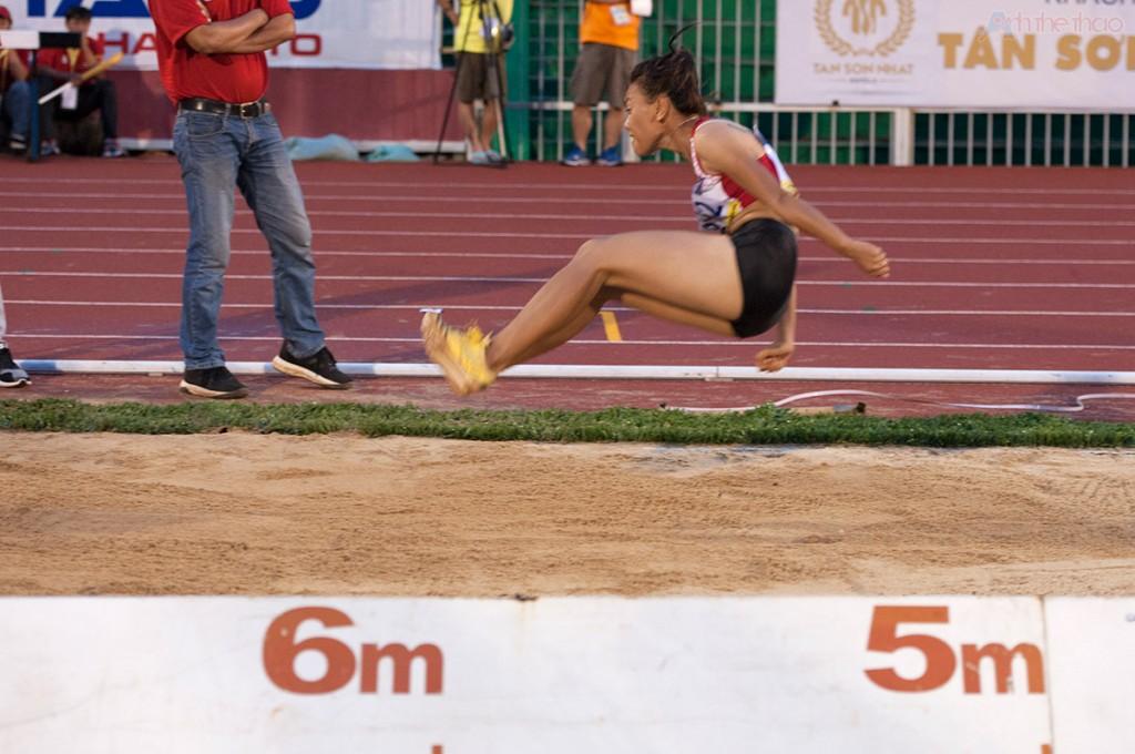 Long Jump: Nhảy xa - VĐV Nguyễn Thị Trúc Mai đạt thành tích 6,25m