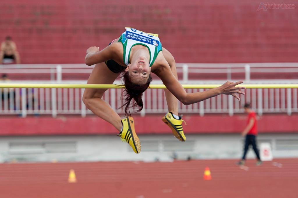 High Jump: Nhảy cao