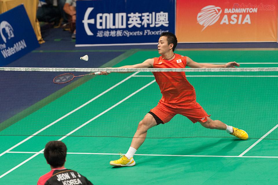 Trận đơn nam diễn ra giữa tay vợt Nhật Bản Kenta Nishimoto với Jeon Hyeok Jin