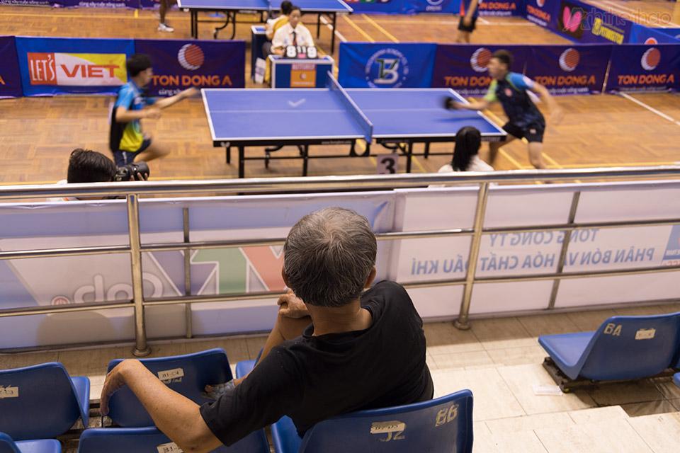 Giải đấu thu hút nhiều khán giả lao động