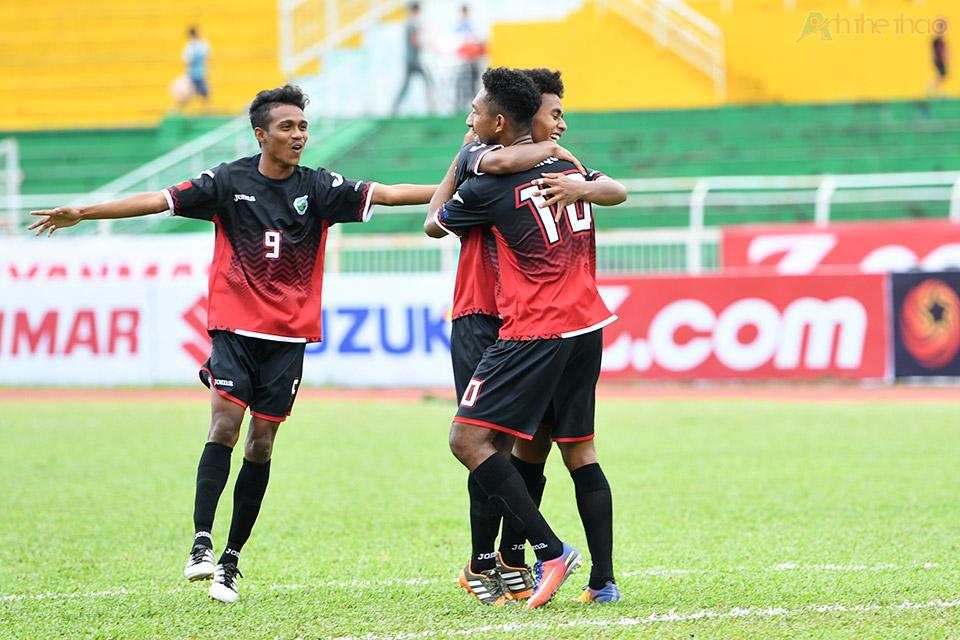 Đông Timor mở tỉ số ở phát thứ 2