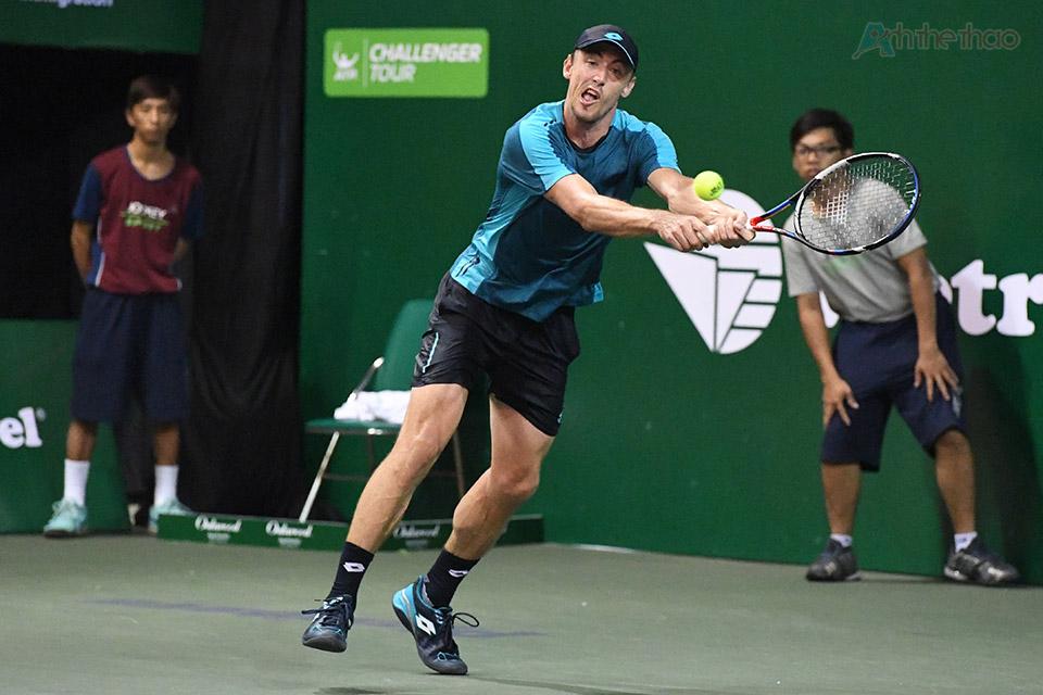 Tưởng chừng như thế trận đã nghiêng về phía tay vợt người Nhật Bản, nhưng đúng lúc này, Millman đã thể hiện bản lĩnh và thắng liền 4 game đấu