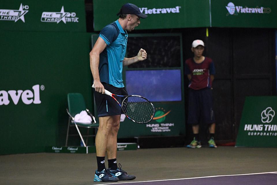 Tuy vậy, ở set đấu này, Millman đã tỏ ra bản lĩnh hơn ở loạt đấu tie-break, và giành chiến thắng với tỷ số 7-6