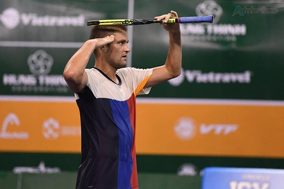 Youzhny một lần nữa khiến Millman sớm gác vợt với tỷ số 6-4.