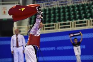 nhưng cuối cùng Kim Tuyền vẫn dành chiến thắng