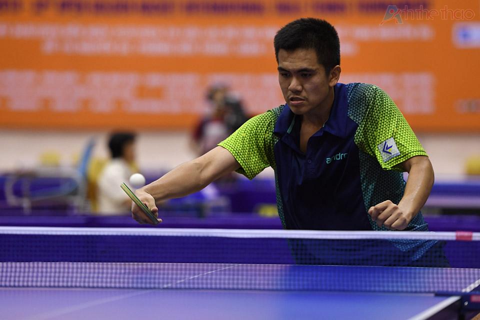Tay vợt Hà Nội Nguyễn Trung Kiên