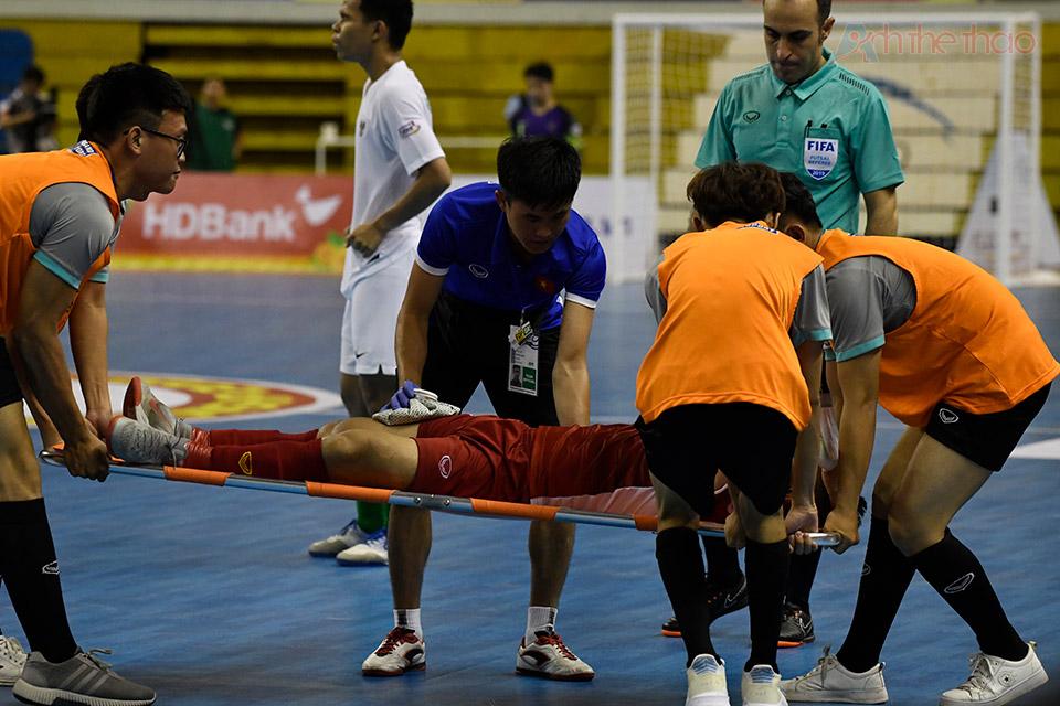 Cầu thủ thứ 3 của Việt Nam bị chấn thương